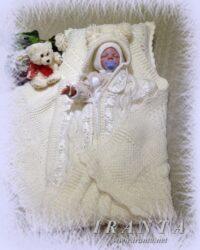 Комплект на выписку «Уютное тепло»: конверт-кокон с капюшоном и плед