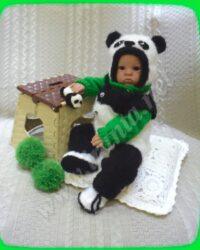 Комплект для новорожденного «Медвежонок Панда»: полукомбинезон, свитер-реглан, шапочка и пинетки